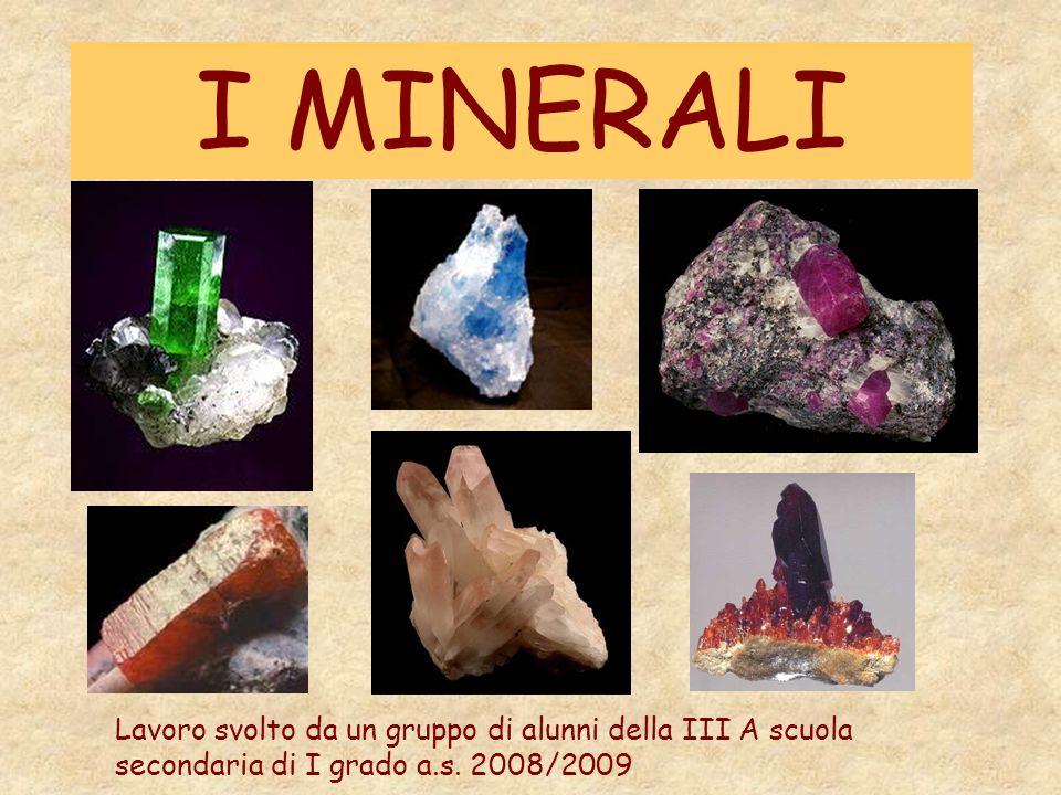 Cosè un minerale.