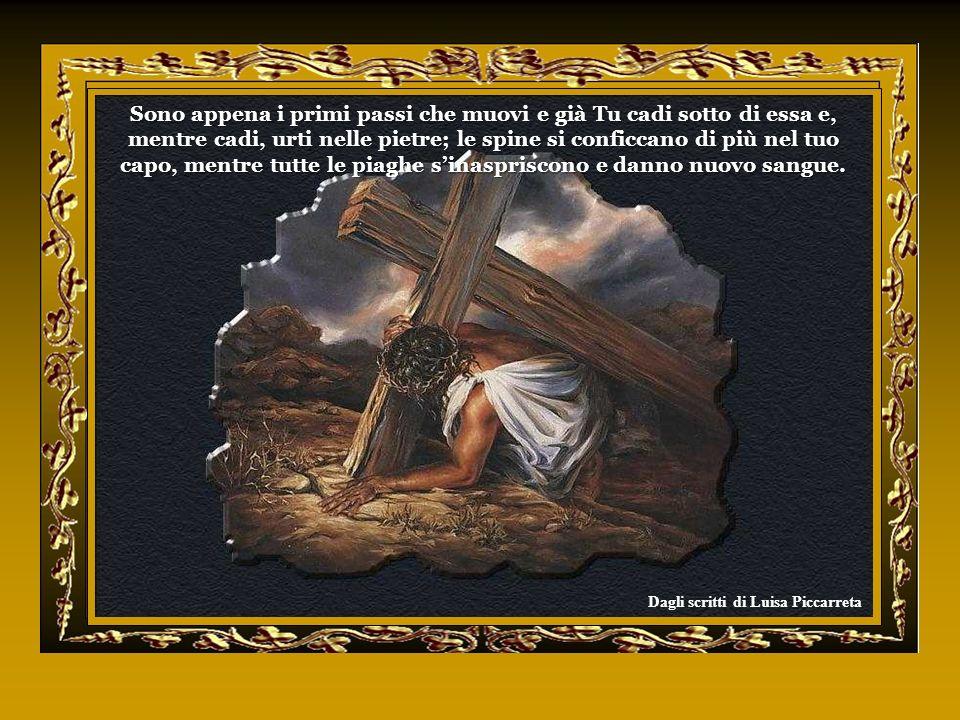 In quel tempo cera un prigioniero famoso, di nome Barabba. Mentre essi erano radunati, Pilato domandò: Chi volete che vi rilasci, Barabba o Gesù, quel