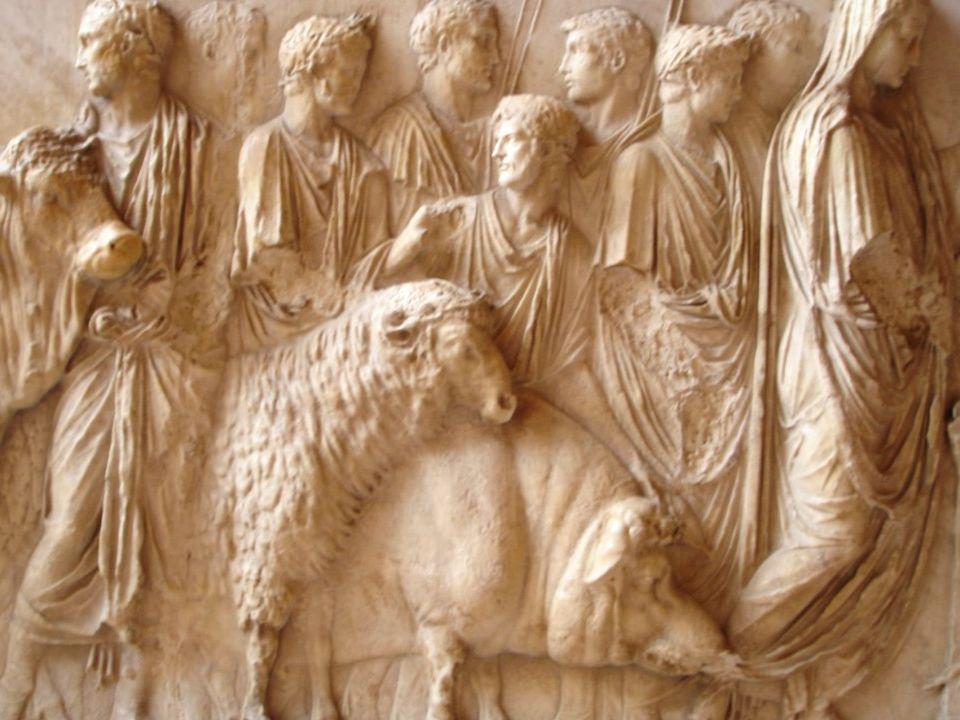 Atti di culto: Atti di culto: Templi, sacrifici e feste in onore degli dei, aruspicinia per prevedere il futuro