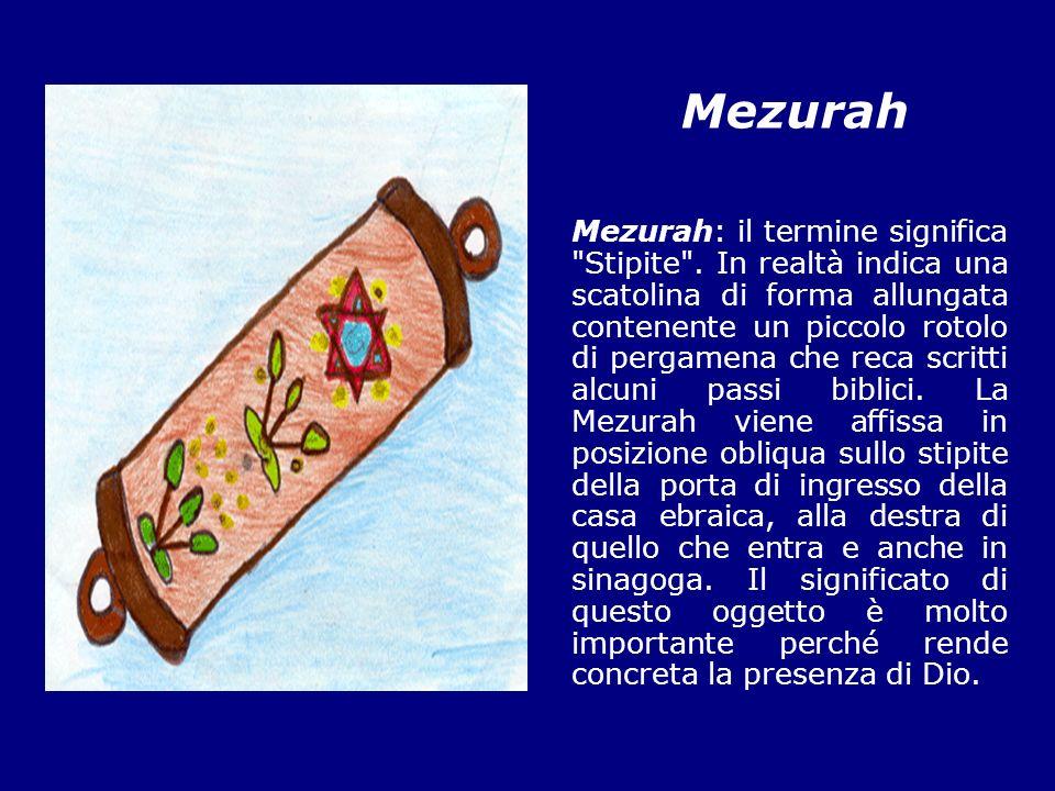 Menorah Menorah significa in ebraico candelabro nella tradizione ebraica esso rappresenta il candelabro a sette bracci che si trovava nel tempio di Gerusalemme e che è diventato il simbolo della religione ebraica.