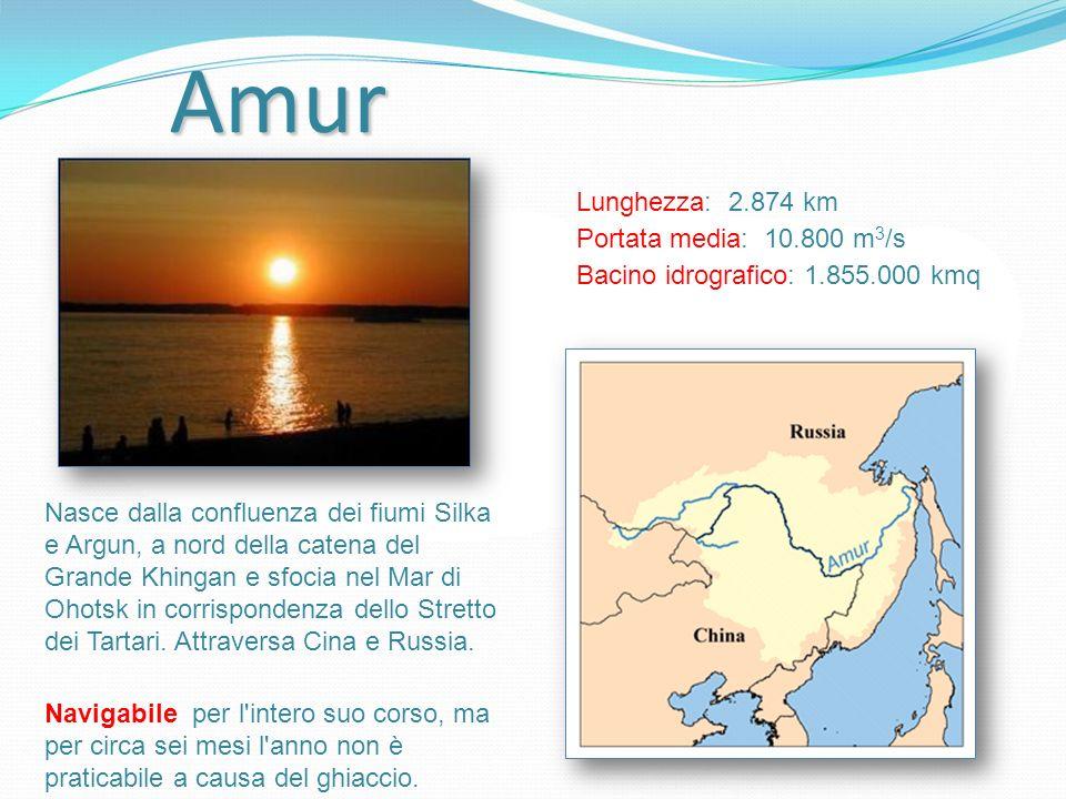 Amur Nasce dalla confluenza dei fiumi Silka e Argun, a nord della catena del Grande Khingan e sfocia nel Mar di Ohotsk in corrispondenza dello Stretto
