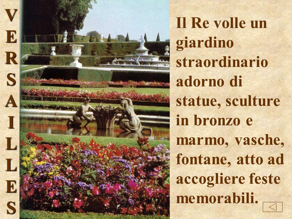 Ingresso di Versailles con la statua equestre di Luigi XIV