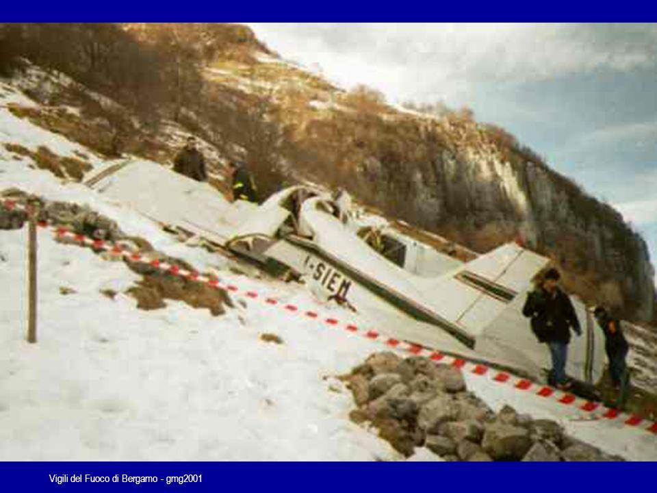 Vigili del Fuoco di Bergamo - gmg2001...sempre le stesse priorità…