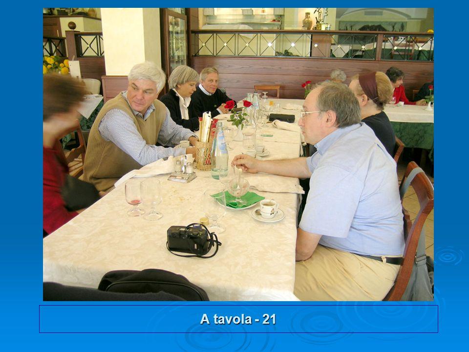 A tavola - 21