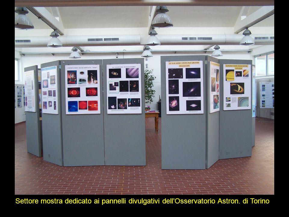 Settore mostra dedicato ai pannelli divulgativi dellOsservatorio Astron. di Torino