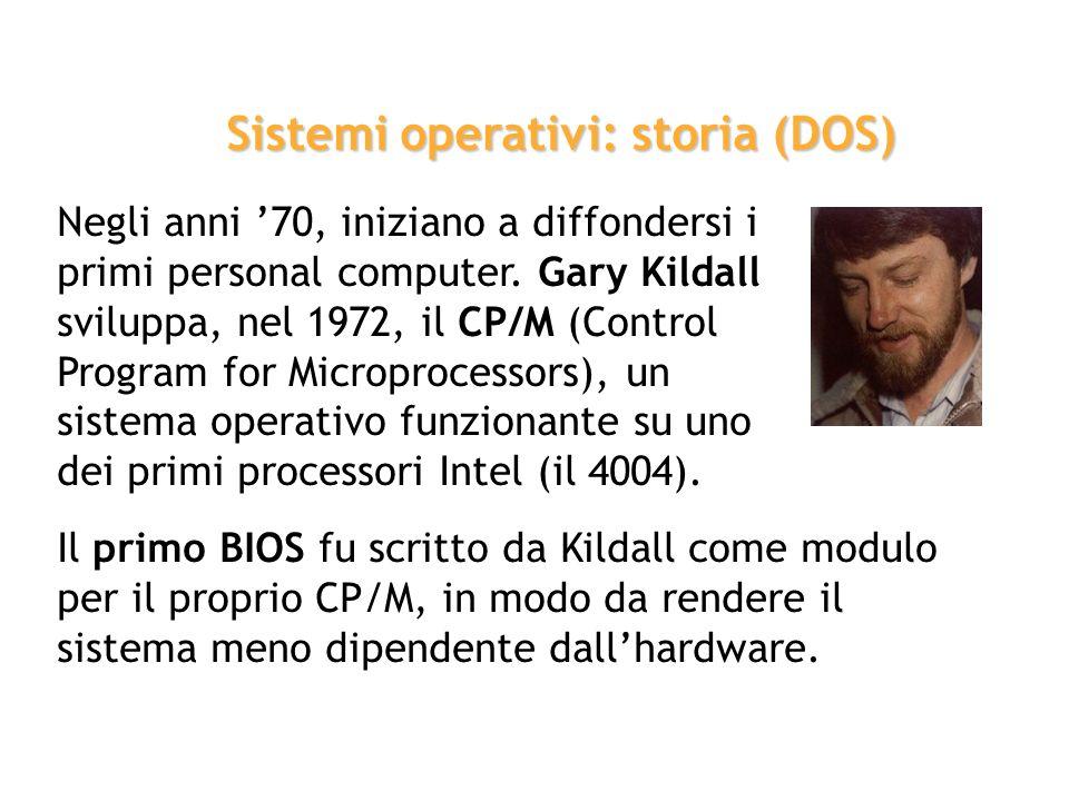 Nel frattempo Dennis Ritchie, che collaborava con Thompson, sviluppa il linguaggio di programmazione C. Nel 1972 UNIX viene riscritto in C, aprendo la