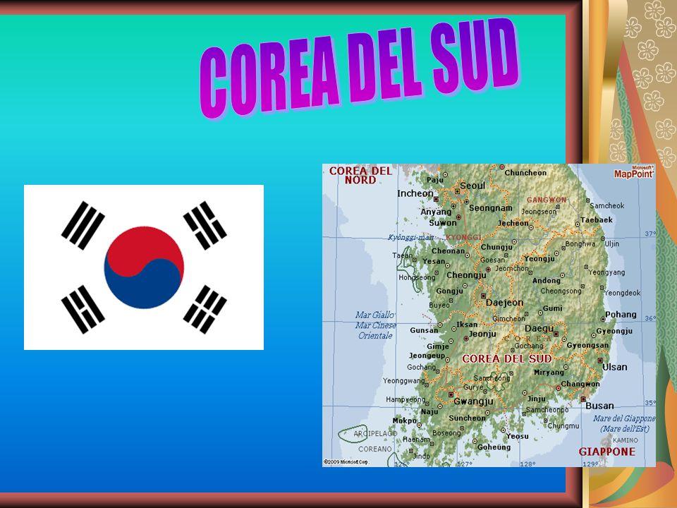 GEO-DATI SUPERFICIE: 99.646 POPOLAZIONE: 48.600.000 ab DENSITA: 486 ab/km CAPITALE: Seoul ORDINAMENTO DELLO STATO: Repubblica LINGUA: Coreano RELIGIONE: Buddista MONETA: Won sudcoreano