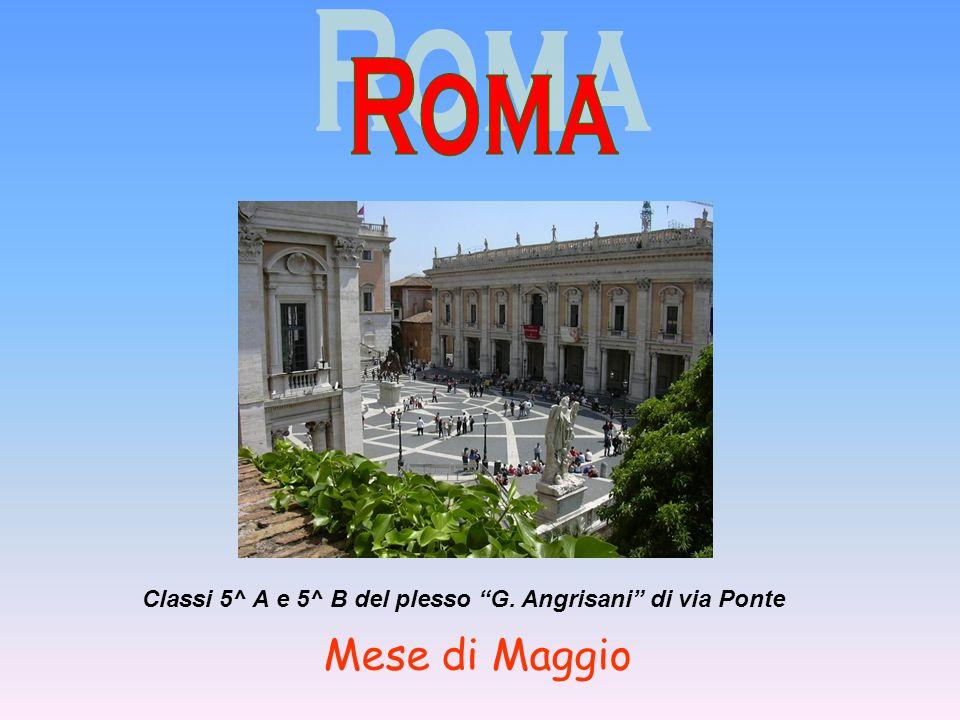 Classi 5^ A e 5^ B del plesso G. Angrisani di via Ponte Mese di Maggio