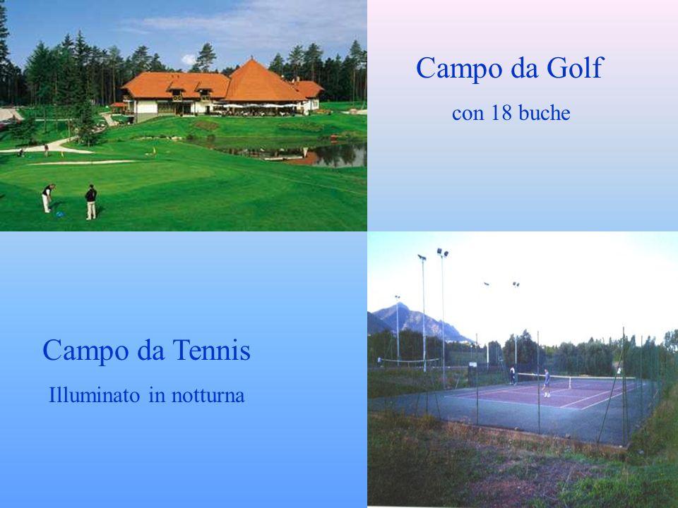Campo da Golf con 18 buche Campo da Tennis Illuminato in notturna