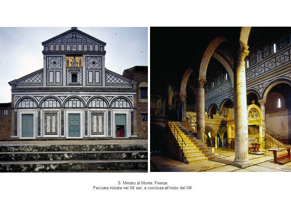 S. Miniato al Monte, Firenze. Facciata iniziata nel XII sec. e conclusa all'inizio del XIII.