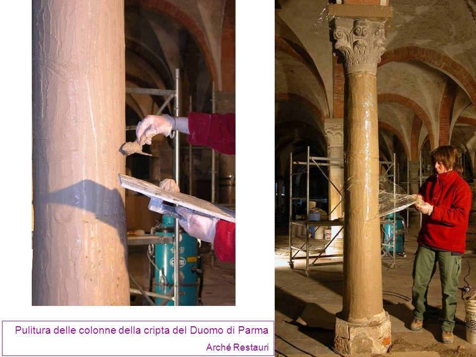 Pulitura delle colonne della cripta del Duomo di Parma Arché Restauri