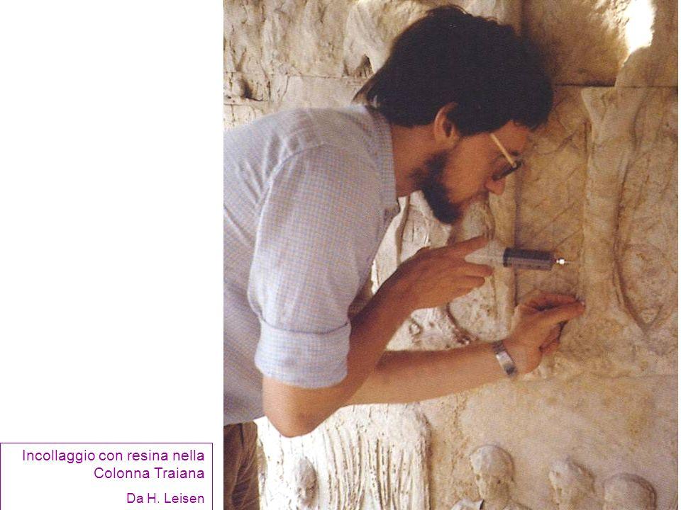 Incollaggio con resina nella Colonna Traiana Da H. Leisen
