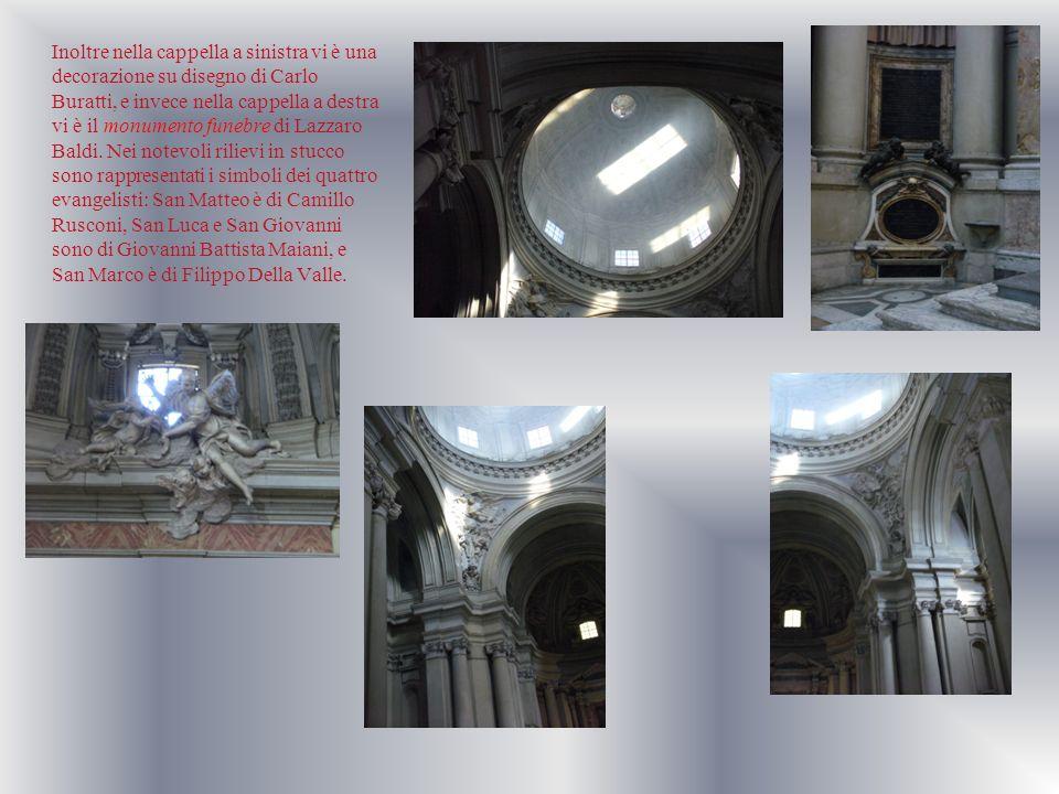 Inoltre nella cappella a sinistra vi è una decorazione su disegno di Carlo Buratti, e invece nella cappella a destra vi è il monumento funebre di Lazz