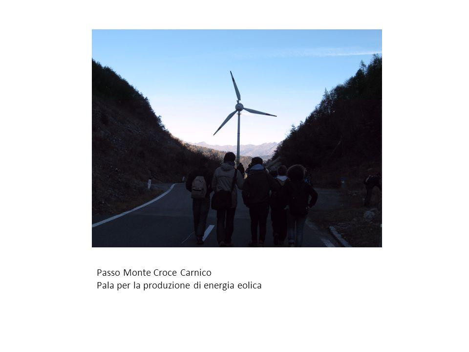 Passo Monte Croce Carnico Pala per la produzione di energia eolica