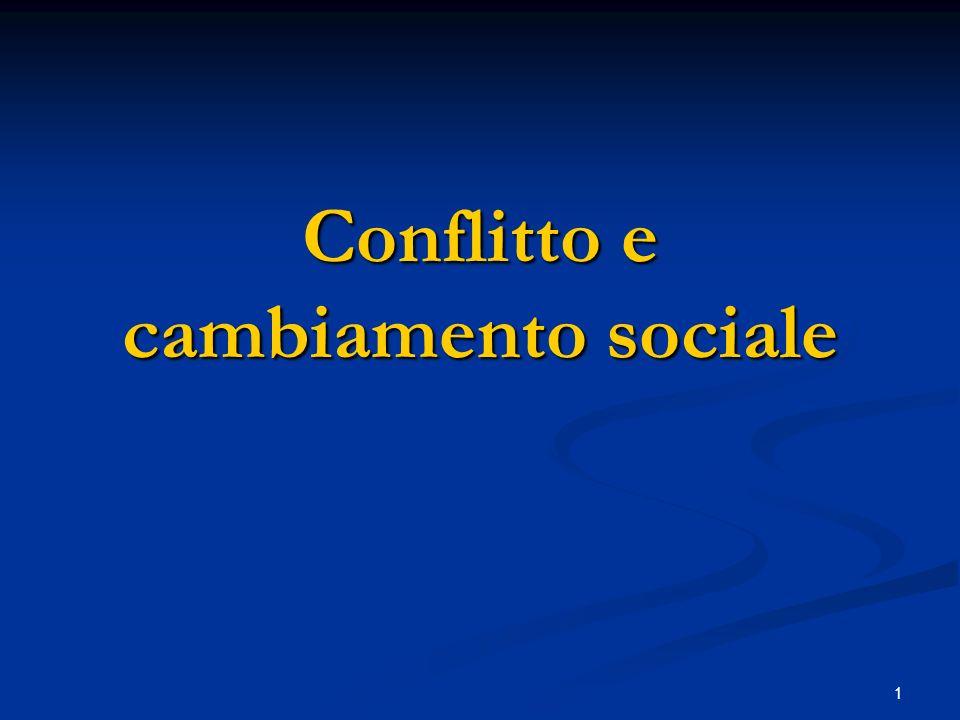 2 Gli assunti della teoria del conflitto Contesta la visione statica della società (per esempio del funzionalismo), fondata sullassunto dellequilibrio, a favore di una visione in cui le società: Contesta la visione statica della società (per esempio del funzionalismo), fondata sullassunto dellequilibrio, a favore di una visione in cui le società: a) È percorsa da un insieme di conflitti latenti o manifesti, che sono coestensivi alla convivenza umana e non patologici (il conflitto in sé non è un elemento dannoso né si ritrova solo lì dove permangono situazioni di squilibrio, ingiustizia, crisi - come tutto sommato, nella teoria marxiana).