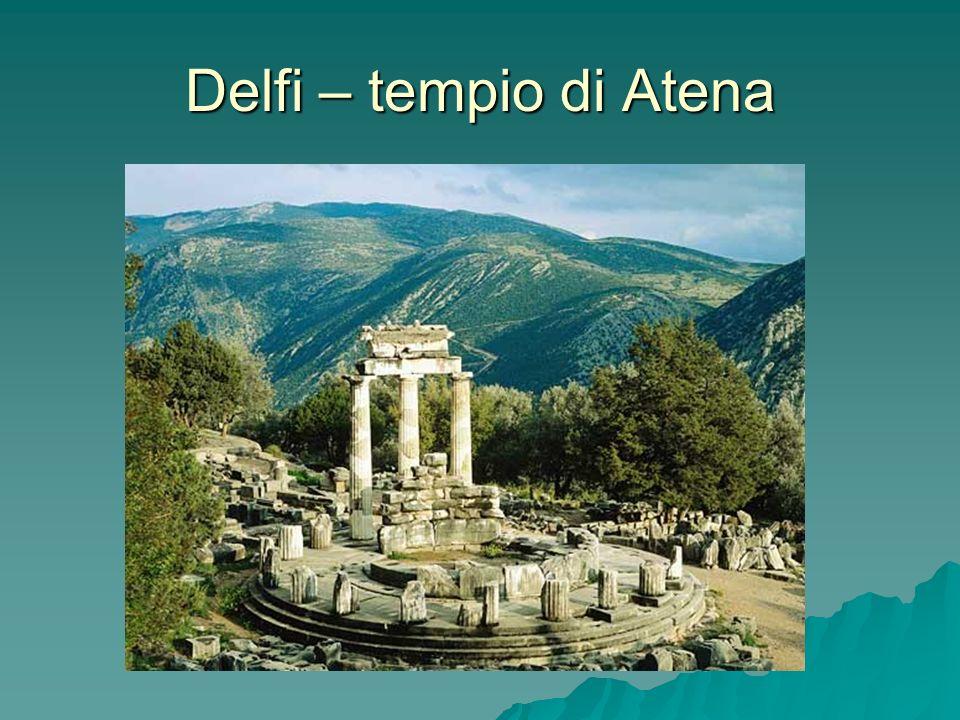 Delfi – tempio di Atena