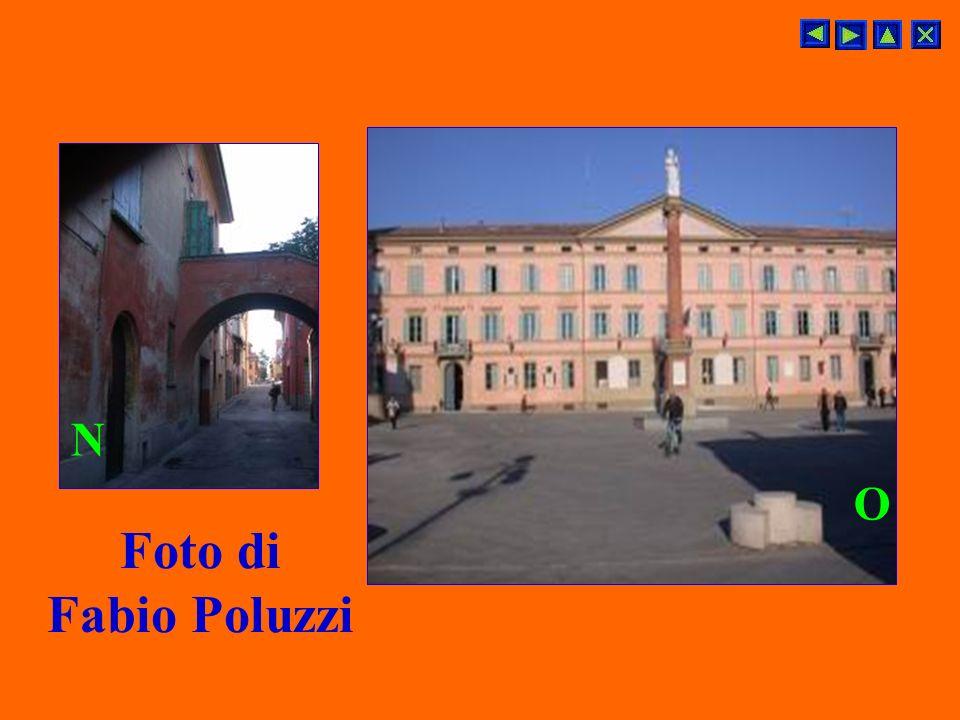 altre foto di Stefano Arrivabene Foto scattata dallUfficio Cultura del Comune N.B. La 2° torre è visibile da terra solo da Via Decumano L M