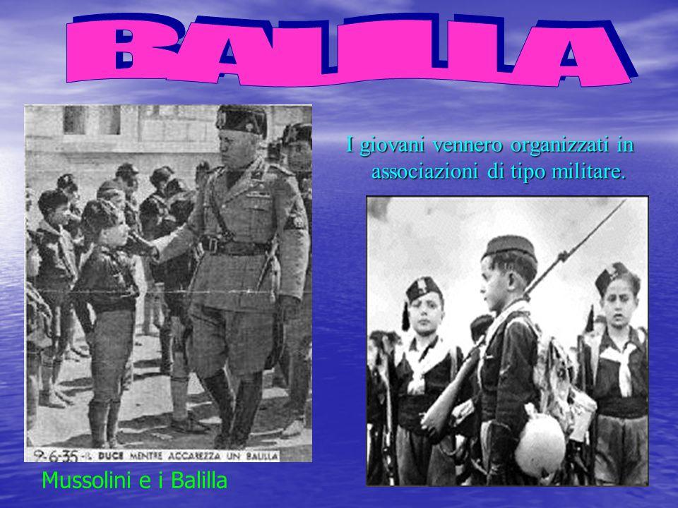 Unintensa propaganda, fatta con i più moderni mezzi di comunicazione (radio, cinema, giornali) esaltò il fascismo, il duce e lordine da lui instaurato