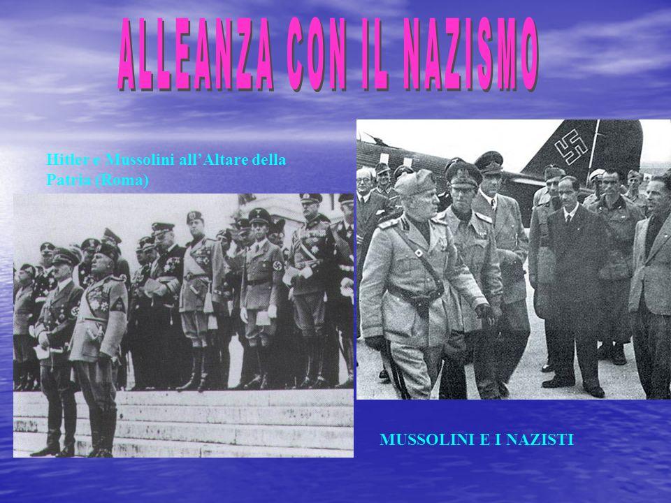 Due cartoline di propaganda dellimpero Una scena dal film Lo squadrone bianco del 1936 che celebrò loccupazione della Libia