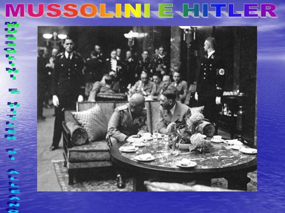 MUSSOLINI E I NAZISTI Hitler e Mussolini allAltare della Patria (Roma)