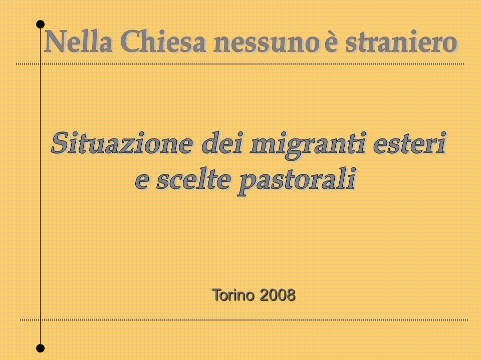 Le prospettive alla fine del 2007, sono 4,500.000 di stranieri (fonte OCSE ) Allinizio del 2007, secondo la stima del Dossier Caritas/Migrantes, gli immigrati regolarmente presenti in Italia sono 3.690.000