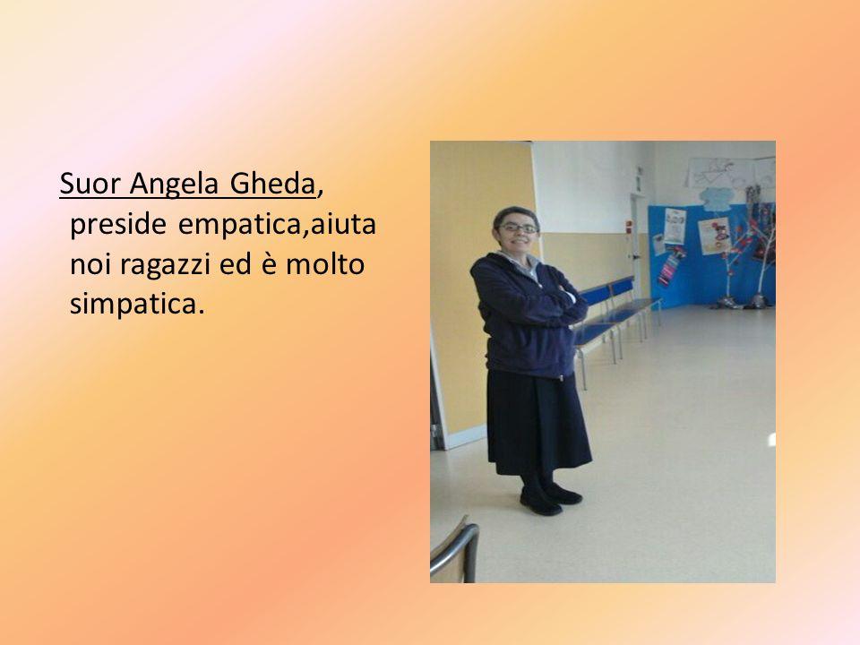 La Profe Ortodossi, mate e scienze insegna e in tutte le sue lezioni ci si impegna.