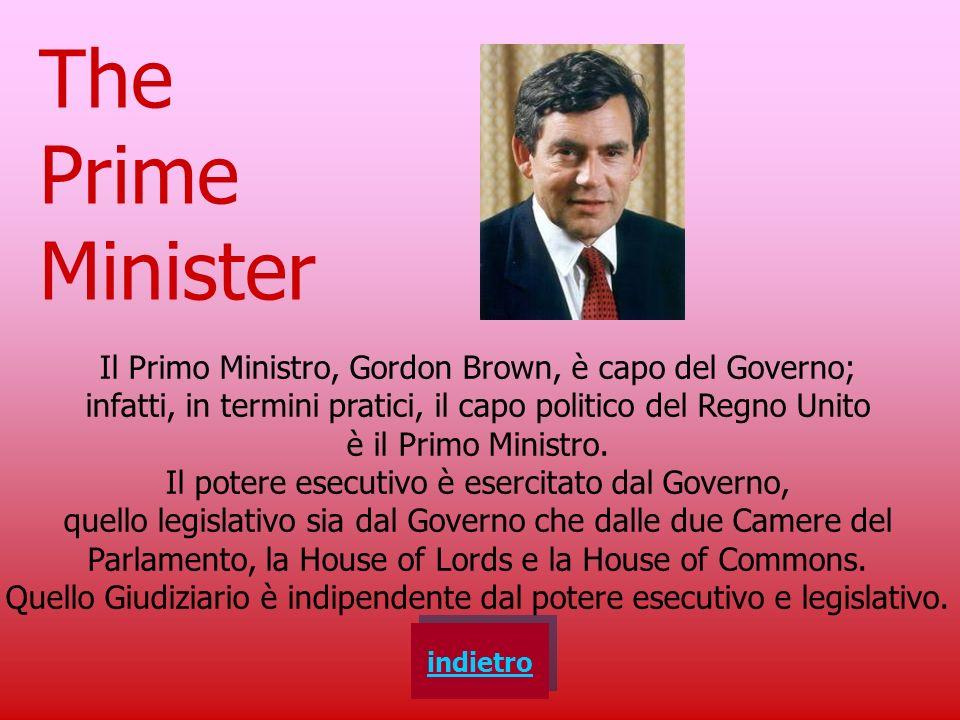 indietro The Sovereign Il capo dello Stato, nel Regno Unito, è la Regina Elsabetta II. Ha funzioni simili a quelle del Presidente della Repubblica. Tu