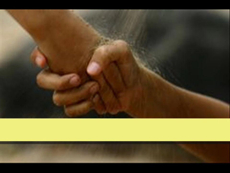 chiesa - comunità 1.1 Coltivare lattenzione alla comunità significa capire che 1.destinataria privilegiata 1.La comunità è la destinataria privilegiata dellazione di animazione 2.costruzione della comunità 2.La costruzione della comunità nellamore è una finalità primaria di Caritas 3.luogo proprio 3.Il luogo proprio di Caritas è la comunità, nella quale sta