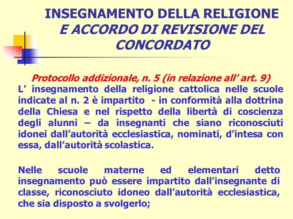 è un insegnamento che accetta le finalità della scuola; è un insegnamento materialmente confessionale, svolto secondo la dottrina della Chiesa e quest