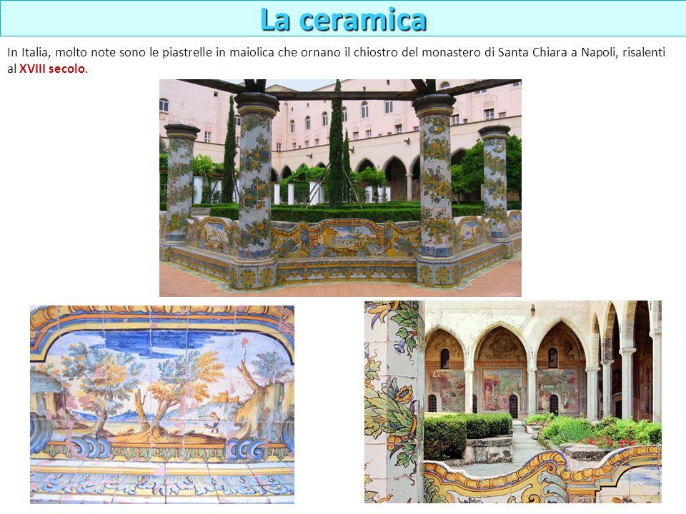 In Italia, molto note sono le piastrelle in maiolica che ornano il chiostro del monastero di Santa Chiara a Napoli, risalenti al XVIII secolo. La cera