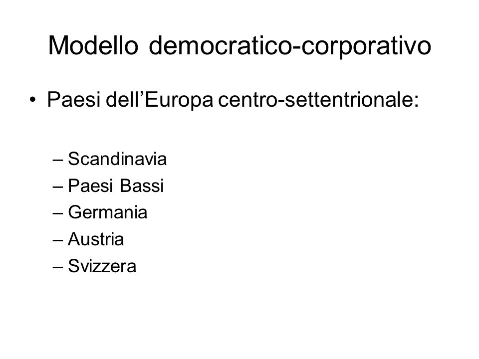 Tre compresenze Sviluppo contemporaneo di media commerciali di massa e media politicizzati.