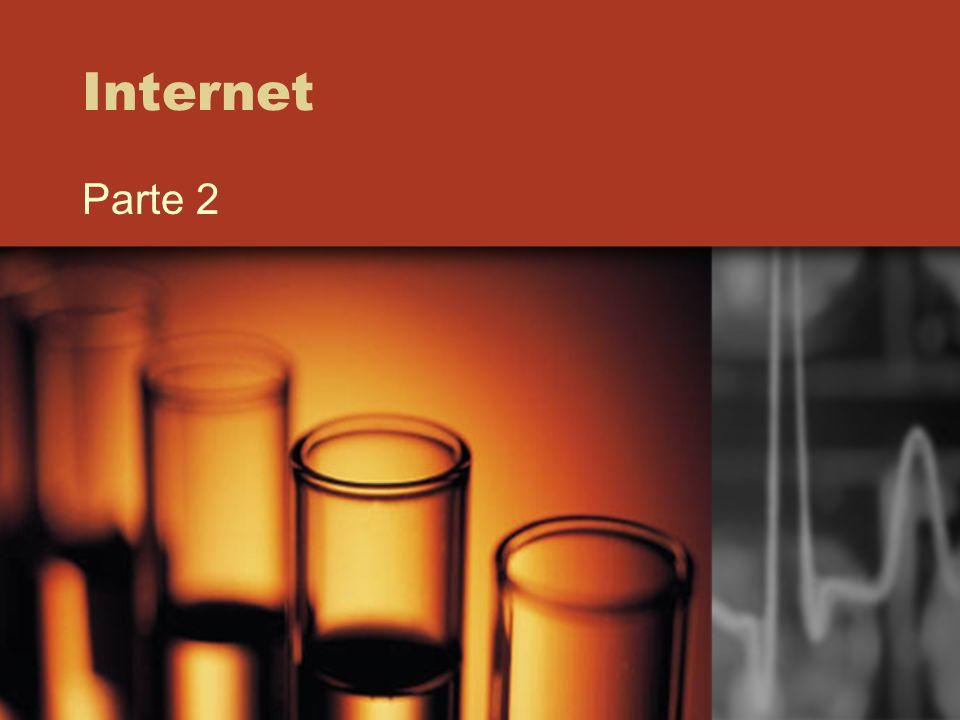 Indirizzi Internet Ogni macchina collegata in rete ha un indirizzo, chiamato IP address (IP: Internet Protocol) Ovviamente, è fatto di bit.