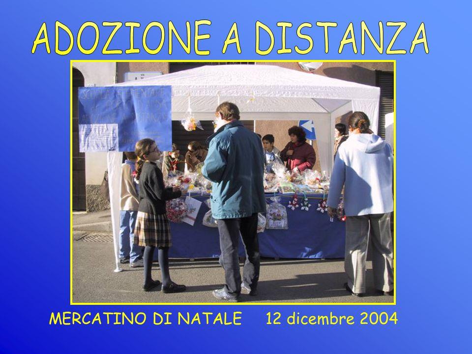 MERCATINO DI NATALE 12 dicembre 2004