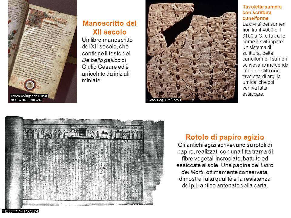 Manoscritto del XII secolo Un libro manoscritto del XII secolo, che contiene il testo del De bello gallico di Giulio Cesare ed è arricchito da inizial
