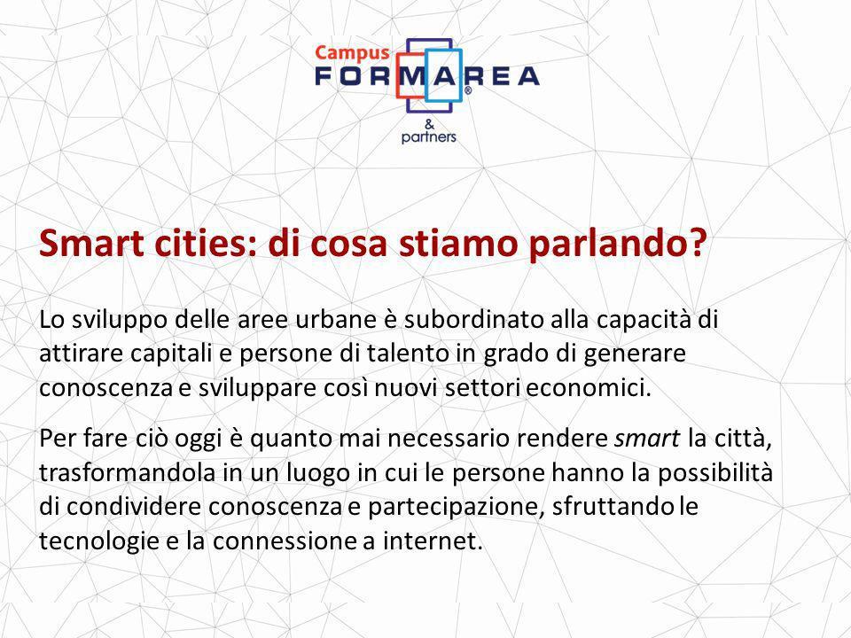 Progettare una smart city: comunicazione In una città intelligente la comunicazione tra cittadini, imprendese e amministrazione è alla pari e in tempo reale.