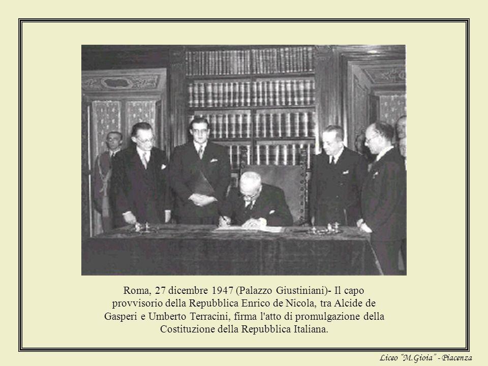 Giovani e Costituzione 60° Anniversario della Costituzione a Piacenza III liceale B V linguistico C Liceo M.Gioia – Piacenza maggio 2008 comitato di r