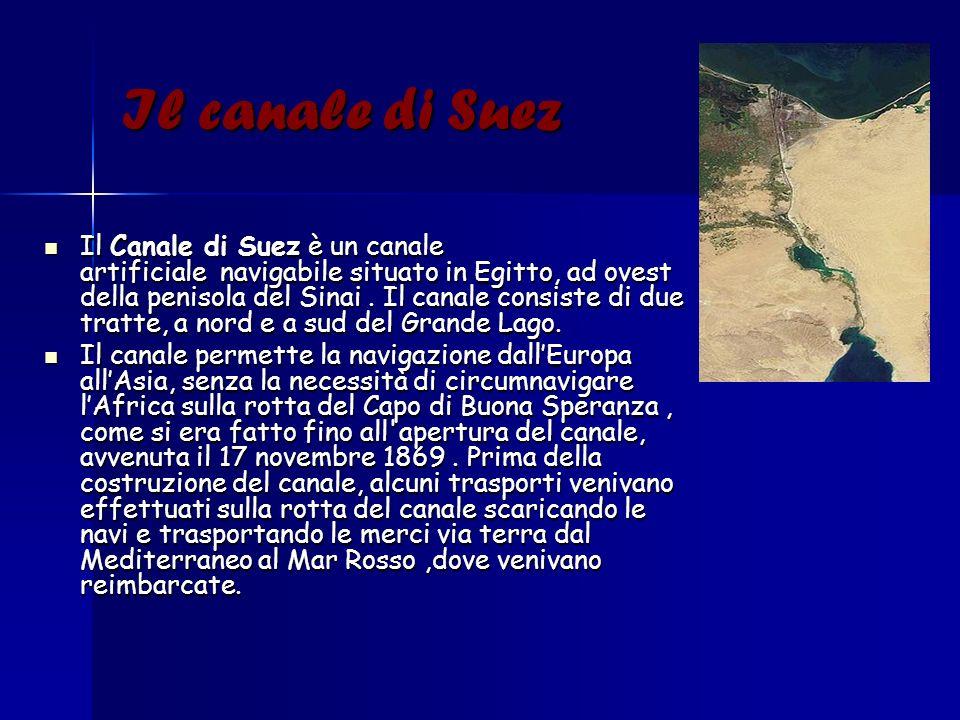 Il canale di Suez Il Canale di Suez è un canale artificiale navigabile situato in Egitto, ad ovest della penisola del Sinai. Il canale consiste di due