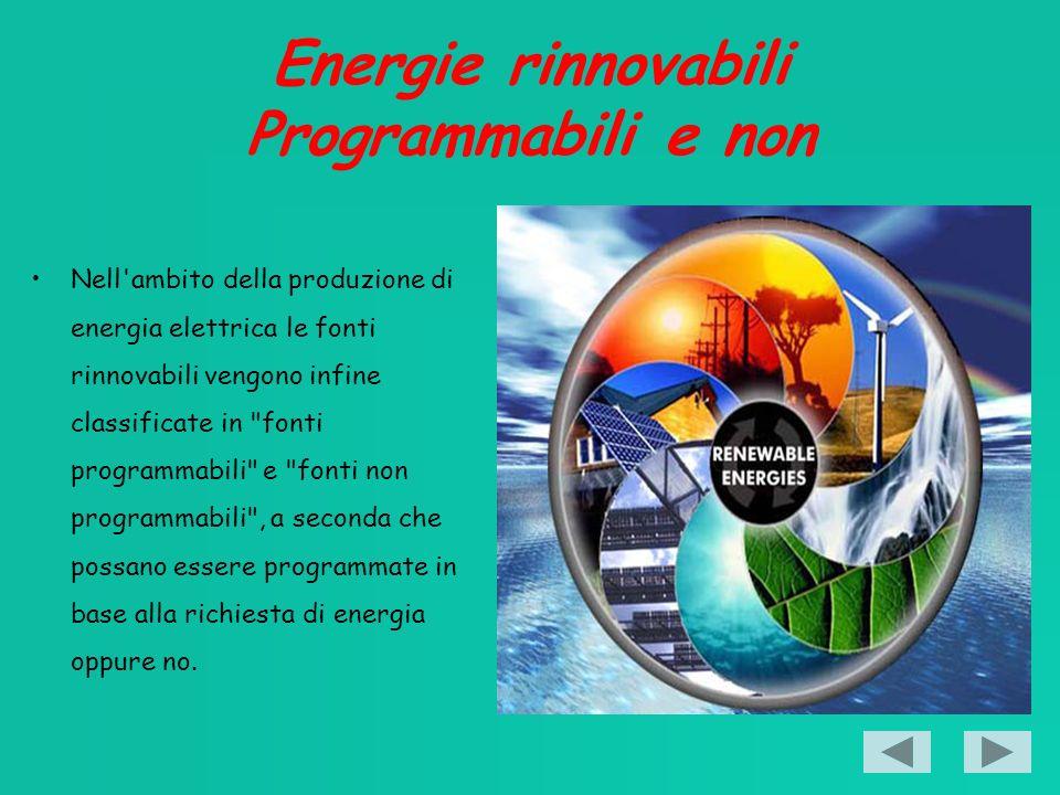 Energia eolica le turbine eoliche Una turbina eolica che possa utilizzare la forza del vento che va da 3 m/s a 30 m/s può produrre mediamente 860 kWh all anno per ogni m2 di corrente d aria intercettata, un rotore eolico può avere una potenza nominale di 0,3-0,5 kW/m2, in Italia il parco eolico produce energia elettrica con una efficenza del 22% circa della potenza nominale installata.