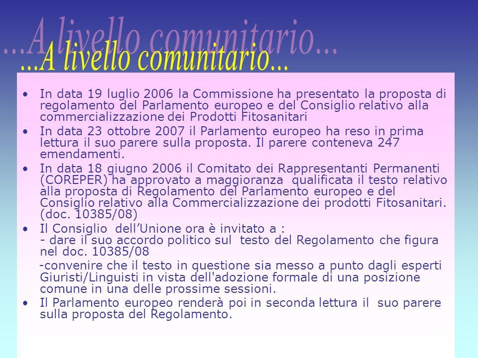 15 In data 19 luglio 2006 la Commissione ha presentato la proposta di regolamento del Parlamento europeo e del Consiglio relativo alla commercializzaz