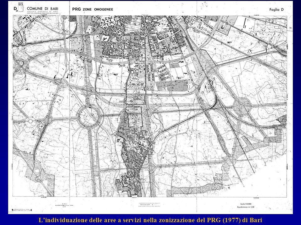 Lindividuazione delle aree a servizi nella zonizzazione del PRG (1977) di Bari