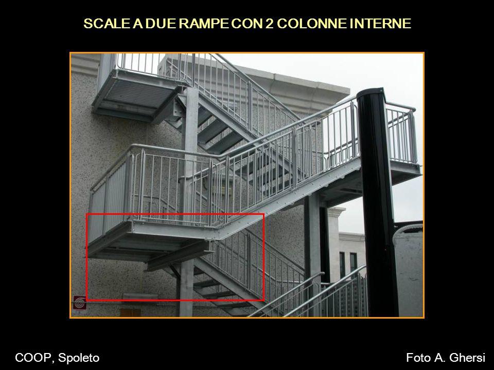 SCALE A DUE RAMPE CON 2 COLONNE INTERNE COOP, SpoletoFoto A. Ghersi
