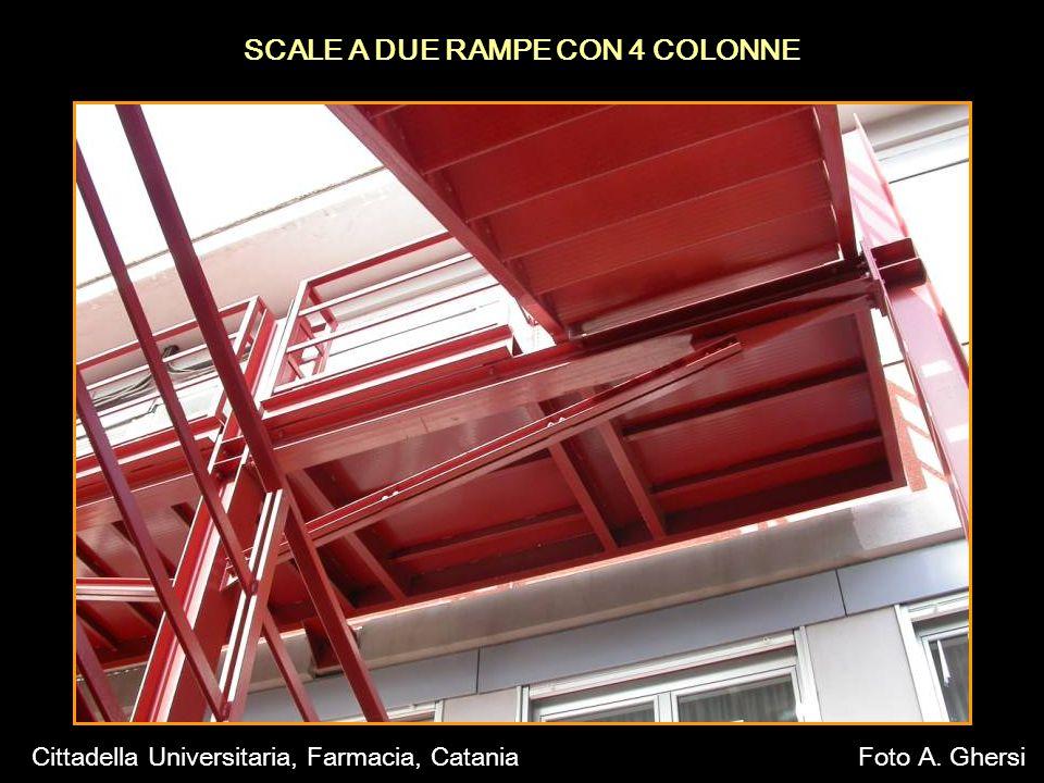 SCALE A DUE RAMPE CON 4 COLONNE Cittadella Universitaria, Farmacia, CataniaFoto A. Ghersi