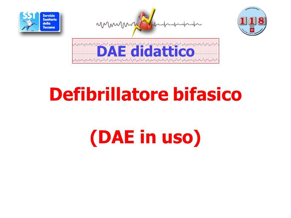 Defibrillatore bifasico (DAE in uso) DAE didattico