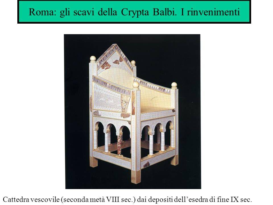 Roma: gli scavi della Crypta Balbi. I rinvenimenti Cattedra vescovile (seconda metà VIII sec.) dai depositi dellesedra di fine IX sec.