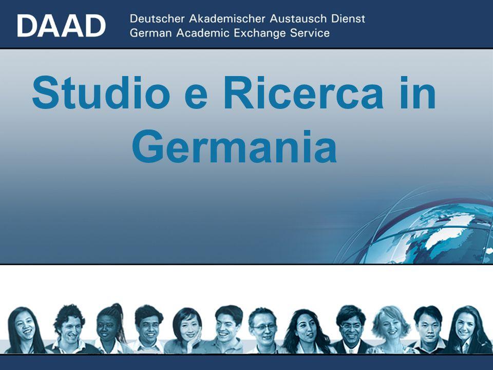 01/2006 Un organizzazione intermediaria per l`implementazione -della politica estera di cultura e istruzione -della politica universitaria e della scienza -della politica di sviluppo e dei programmi europei Il DAAD è...