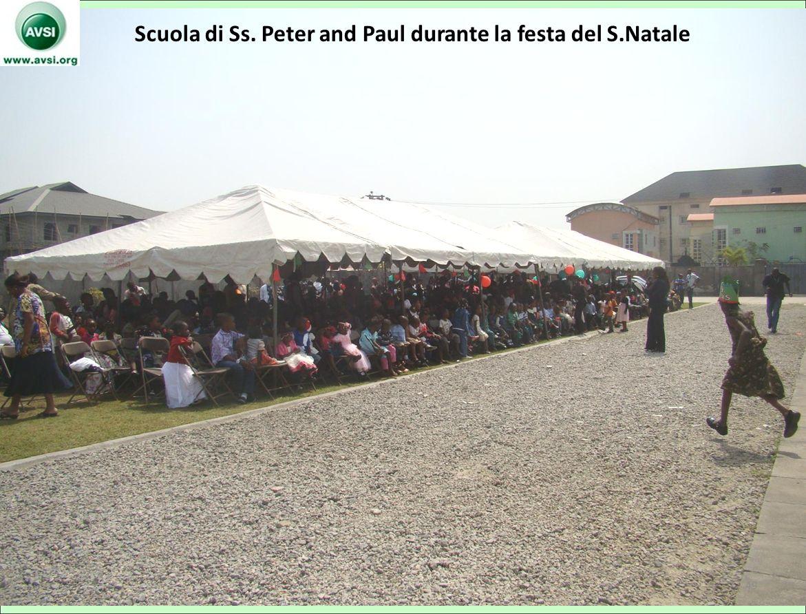 Scuola di Ss. Peter and Paul durante la festa del S.Natale 49