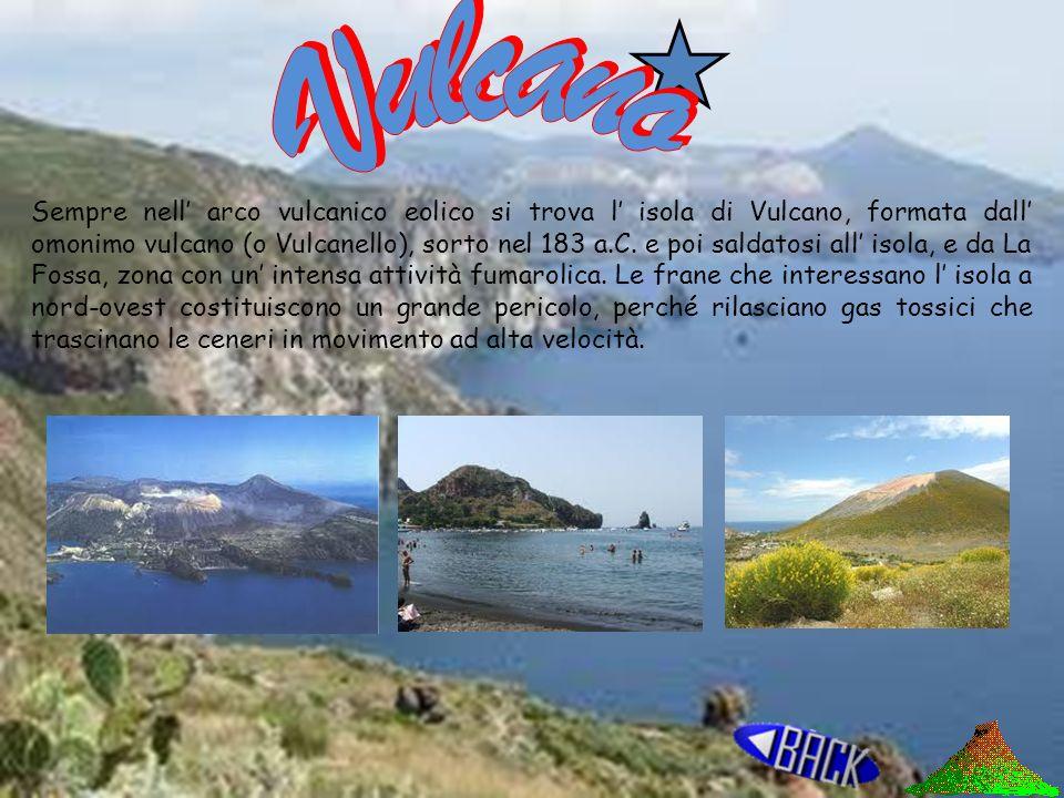 Vulcano Vulcani terrestri Isole vulcaniche Vulcani marini Isole Vulcaniche Sottomarine