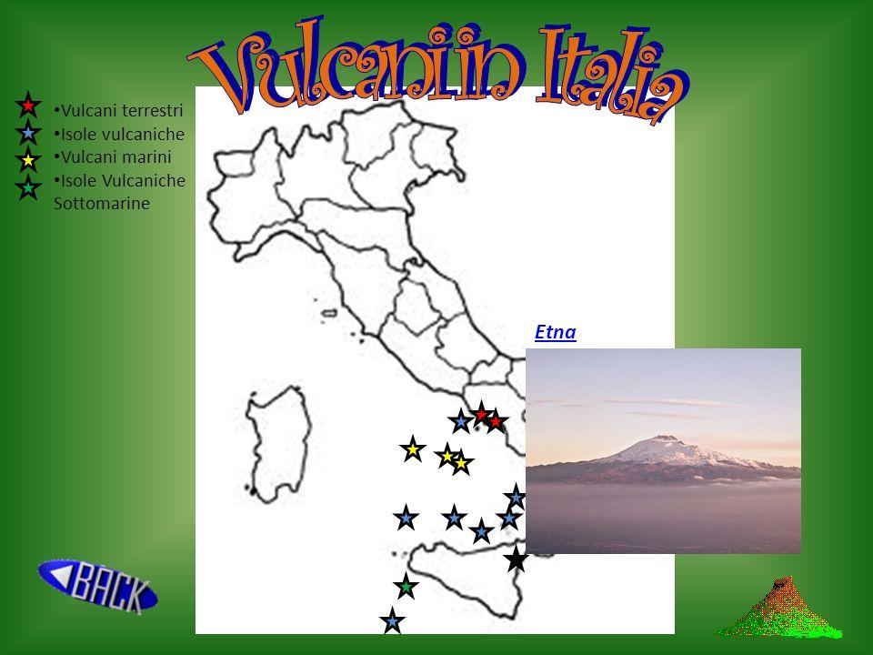 I campi flegrei sono una zona di 30-40 vulcani, con attività vulcanica quasi esaurita. Famosi sono i fenomeni pseudovulcanici che li costellano, come