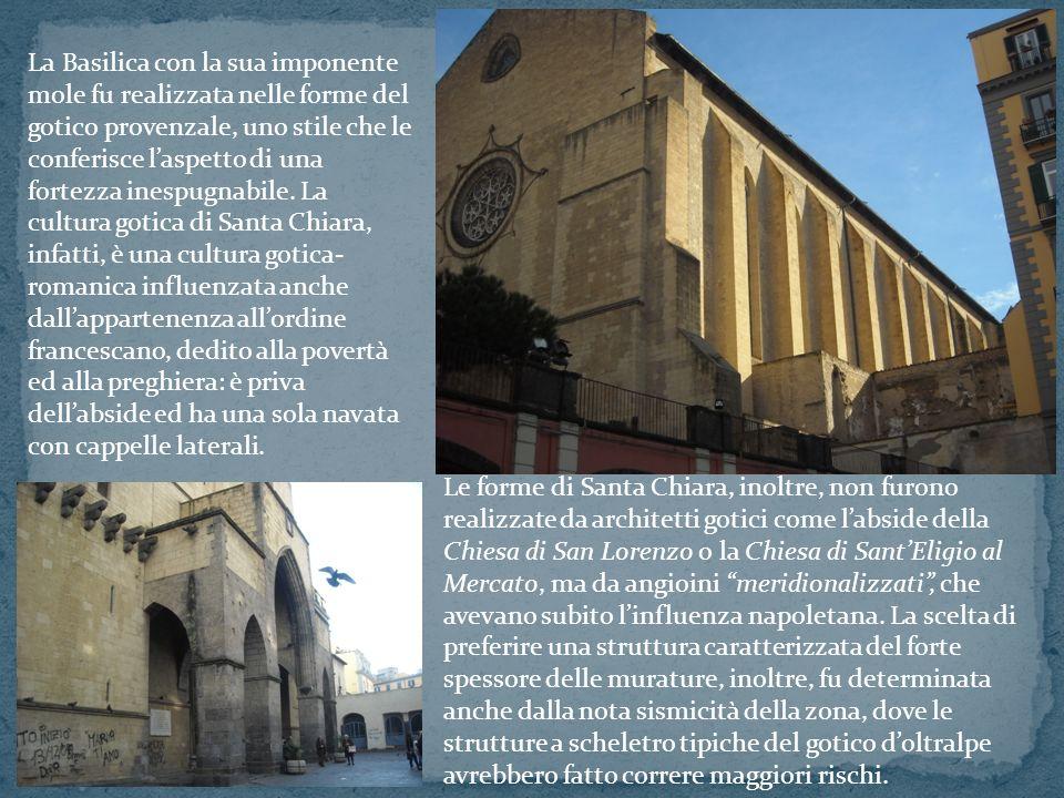 La Basilica con la sua imponente mole fu realizzata nelle forme del gotico provenzale, uno stile che le conferisce laspetto di una fortezza inespugnab