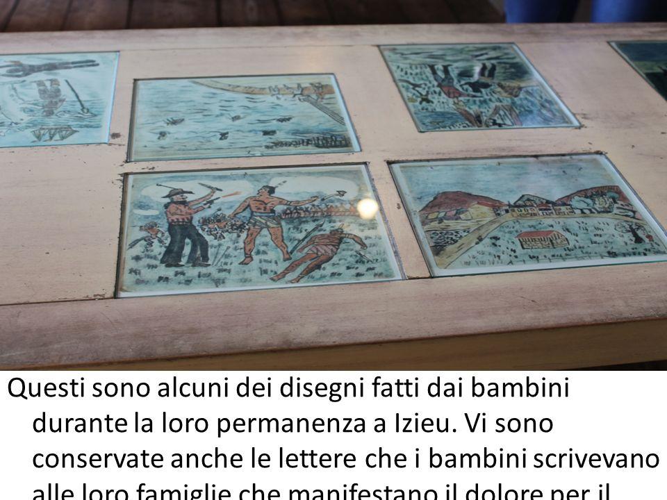 Questi sono alcuni dei disegni fatti dai bambini durante la loro permanenza a Izieu. Vi sono conservate anche le lettere che i bambini scrivevano alle